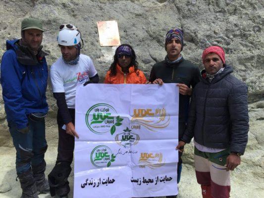 کوهنوران لاهیجانی به بام ایران 2 533x400 - پیام تبریک سخنگوی شورای شهر لاهیجان به مناسبت صعود کوهنوردان لاهیجانی به بام ایران
