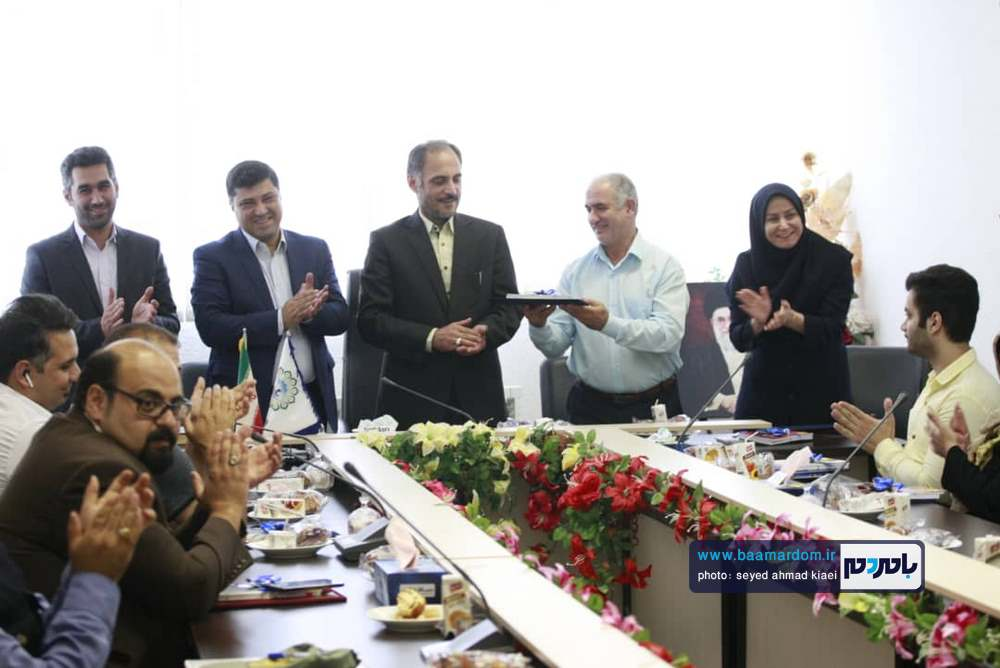 تجلیل از خبرنگاران در شهرداری بندر کیاشهر 2 - گزارش تصویری مراسم تجلیل از خبرنگاران در شهرداری بندر کیاشهر