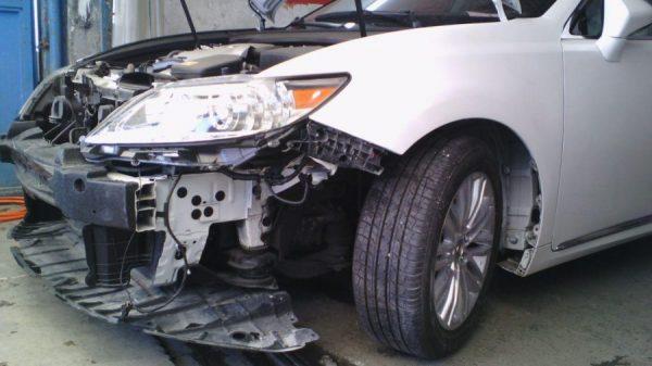 2 600x337 - مهمترین ویژگیهای یک صافکاری حرفه ای و كارشناس رنگ بدنه خودرو