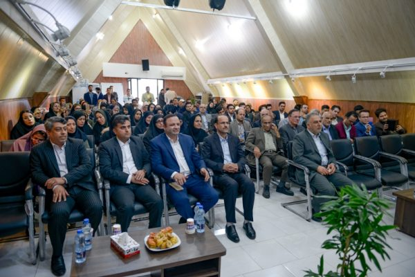 roz khabarnegar 600x400 - آئین نکوداشت روز خبرنگار در منطقه آزاد انزلی برگزار شد