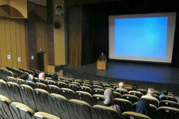 دهمین برنامه سینما آینده در لنگرود 2 600x400 - برگزاری دهمین برنامه (سینما آینده) در لنگرود