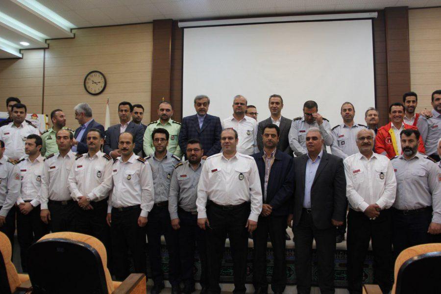 روز آتش نشانی و ایمنی ویژه برنامههای این روز در لاهیجان 14 - حضور شهردار و اعضای شورای شهر لاهیجان با لباس آتشنشانی در ویژه برنامههای این روز + تصاویر