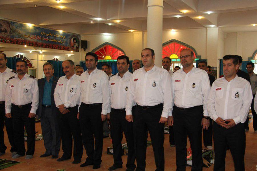 روز آتش نشانی و ایمنی ویژه برنامههای این روز در لاهیجان 16 - حضور شهردار و اعضای شورای شهر لاهیجان با لباس آتشنشانی در ویژه برنامههای این روز + تصاویر