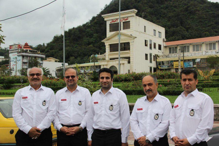 روز آتش نشانی و ایمنی ویژه برنامههای این روز در لاهیجان 18 - حضور شهردار و اعضای شورای شهر لاهیجان با لباس آتشنشانی در ویژه برنامههای این روز + تصاویر
