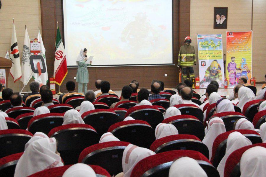 روز آتش نشانی و ایمنی ویژه برنامههای این روز در لاهیجان 7 - حضور شهردار و اعضای شورای شهر لاهیجان با لباس آتشنشانی در ویژه برنامههای این روز + تصاویر