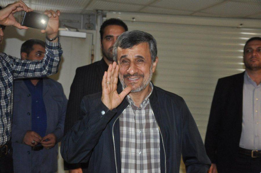 محمود احمدی نژاد کاندیدای انتخابات ریاست جمهوری ۱۴۰۰  می شود