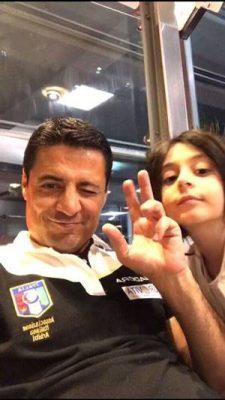 علیرضا فغانی و دخترش 225x400 - علیرضا فغانی از ایران رفت + آخرین عکس