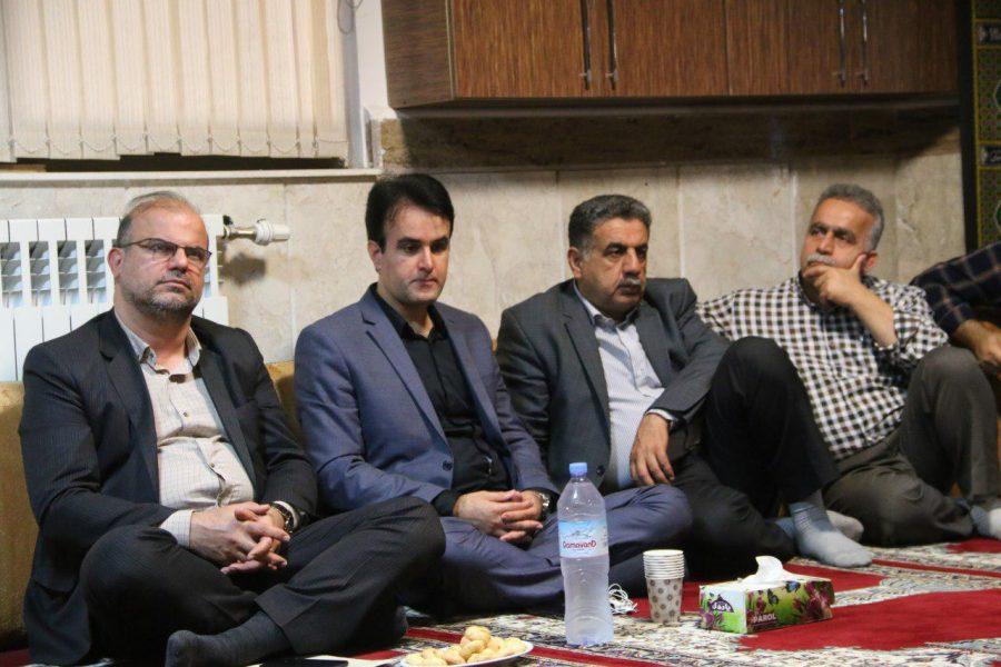 نشست بصیرتی، روشنگری به مناسبت هفته دفاع مقدس در شهرداری لاهیجان 3 - گزارش تصویری برگزاری نشست بصیرتی، روشنگری به مناسبت هفته دفاع مقدس در شهرداری لاهیجان