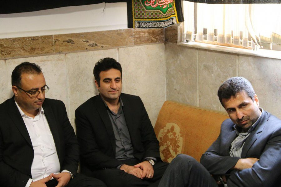 نشست بصیرتی، روشنگری به مناسبت هفته دفاع مقدس در شهرداری لاهیجان 4 - گزارش تصویری برگزاری نشست بصیرتی، روشنگری به مناسبت هفته دفاع مقدس در شهرداری لاهیجان