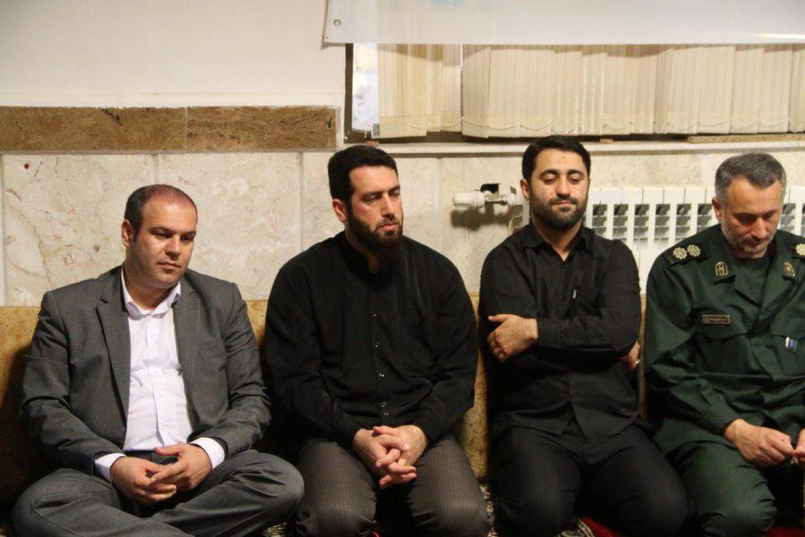 نشست بصیرتی، روشنگری به مناسبت هفته دفاع مقدس در شهرداری لاهیجان 9 - گزارش تصویری برگزاری نشست بصیرتی، روشنگری به مناسبت هفته دفاع مقدس در شهرداری لاهیجان
