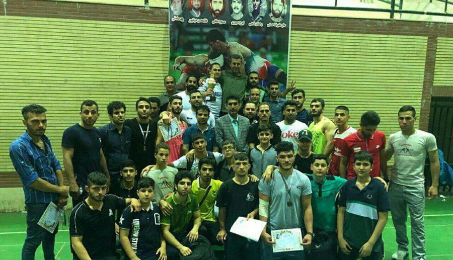 قهرمانی لاهیجان در مسابقات کشتی فرنگی گیلان + اسامی نفرات برتر