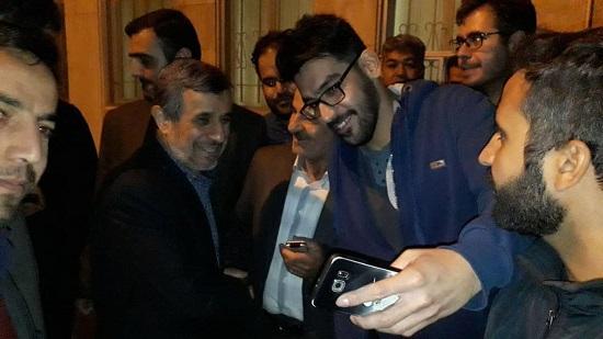 تولد احمدینژاد در جمع هوادارانش 5 - جشن تولد احمدینژاد در جمع هوادارانش +عکس