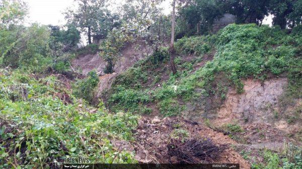 سارت بارندگی شدید در گیلان 1 600x337 - خسارت بارندگی شدید در گیلان/ آبگرفتگی معابر در برخی شهرستان ها / طغیان رودخانه و تخریب چند پل+تصاویر