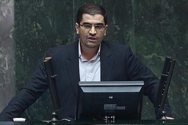 سید احسان قاضیزادههاشمی 600x400 - احضار وزیر ارشاد در رابطه با پوشش بازیگران زن