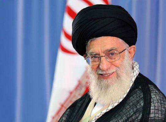 رهبر معظم انقلاب اسلامی 542x400 - رهبر انقلاب با عفو و تخفیف مجازات تعدادی از محکومان موافقت کردند