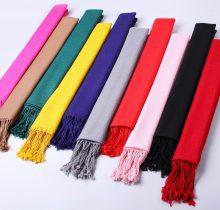 پیشنهاداتی برای انتخاب شال و روسری در محل کار
