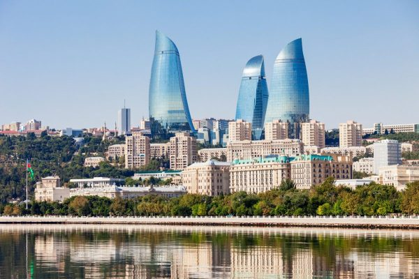 3 1 600x400 - تور باکو در بهار با بیسان گشت