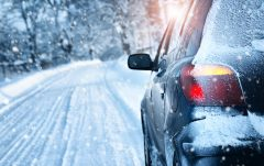 چگونه یخزدگی شیشه خودرو را از بین ببریم؟ | ۵ راه جلوگیری از یخزدن شیشه ماشین