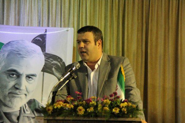 برگزاری آئین رونمایی از کتاب شمیم عاشقی در لاهیجان 4 600x400 - برگزاری آئین رونمایی از کتاب شمیم عاشقی در لاهیجان + تصاویر