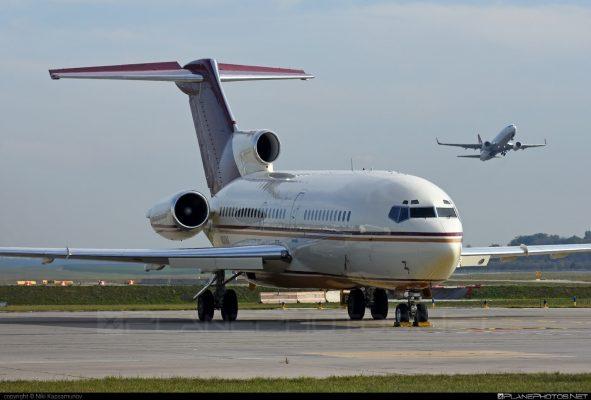 هواپیما بوئینگ 727 2 591x400 - هواپیما بوئینگ 727 و نکاتی درباره تهیه خرید بلیط هواپیما