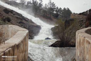 گزارش تصویری سرریز شدن سد اکباتان همدان