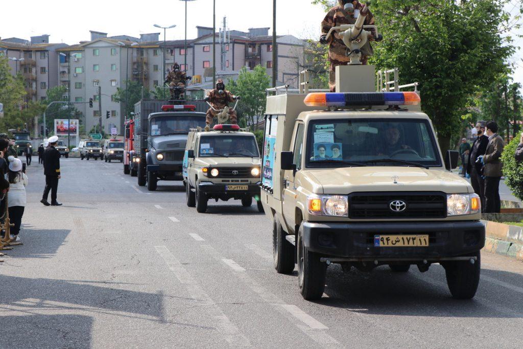 گزارش تصویری مراسم رژه خدمت در رشت 7 - گزارش تصویری مراسم «رژه خدمت» ارتش با حضور استاندار و نماینده ولی فقیه در گیلان