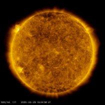 ثبت قویترین شراره خورشیدی در سه سال اخیر؛ آیا خورشید در حال بیدار شدن است؟!