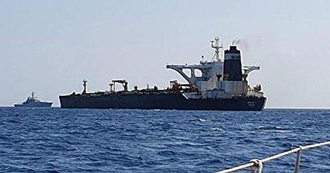 کشتی - توقیف یک کشتی ایرانی در پاکستان به دستور آمریکا