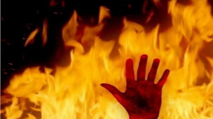 آتش آتش سوزی 700x393 - مرد معتاد، همسرش را به آتش کشید