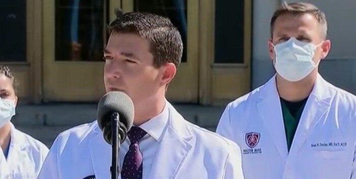 شان کانلی پزشک ترامپ 700x352 - صحبت های ضد و نقیض پزشک ترامپ / از پنهان کردن استفاده از دستگاه اکسیژن تا مرخصی از بیمارستان