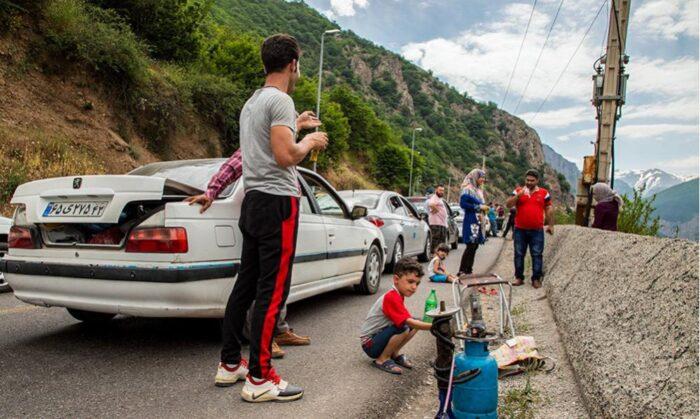 گردشگر مسافر شمال 700x419 - تعطیلی یک هفته ای تهران و خطر ازدیاد مسافران استان های شمالی!