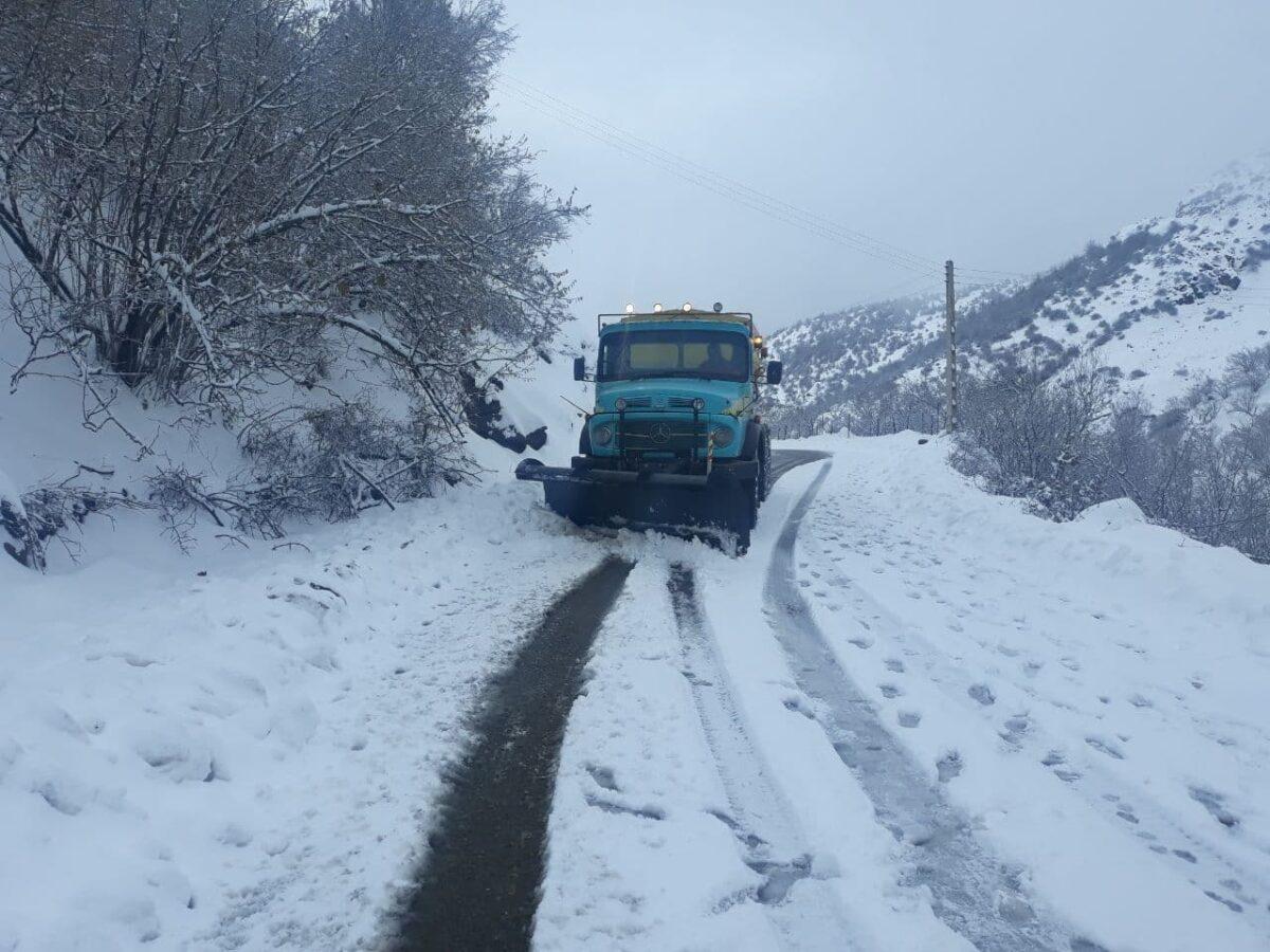 تصاویری از بارش برف در روستای لشکان 1 scaled - تصاویری از بارش برف در روستای لشکان