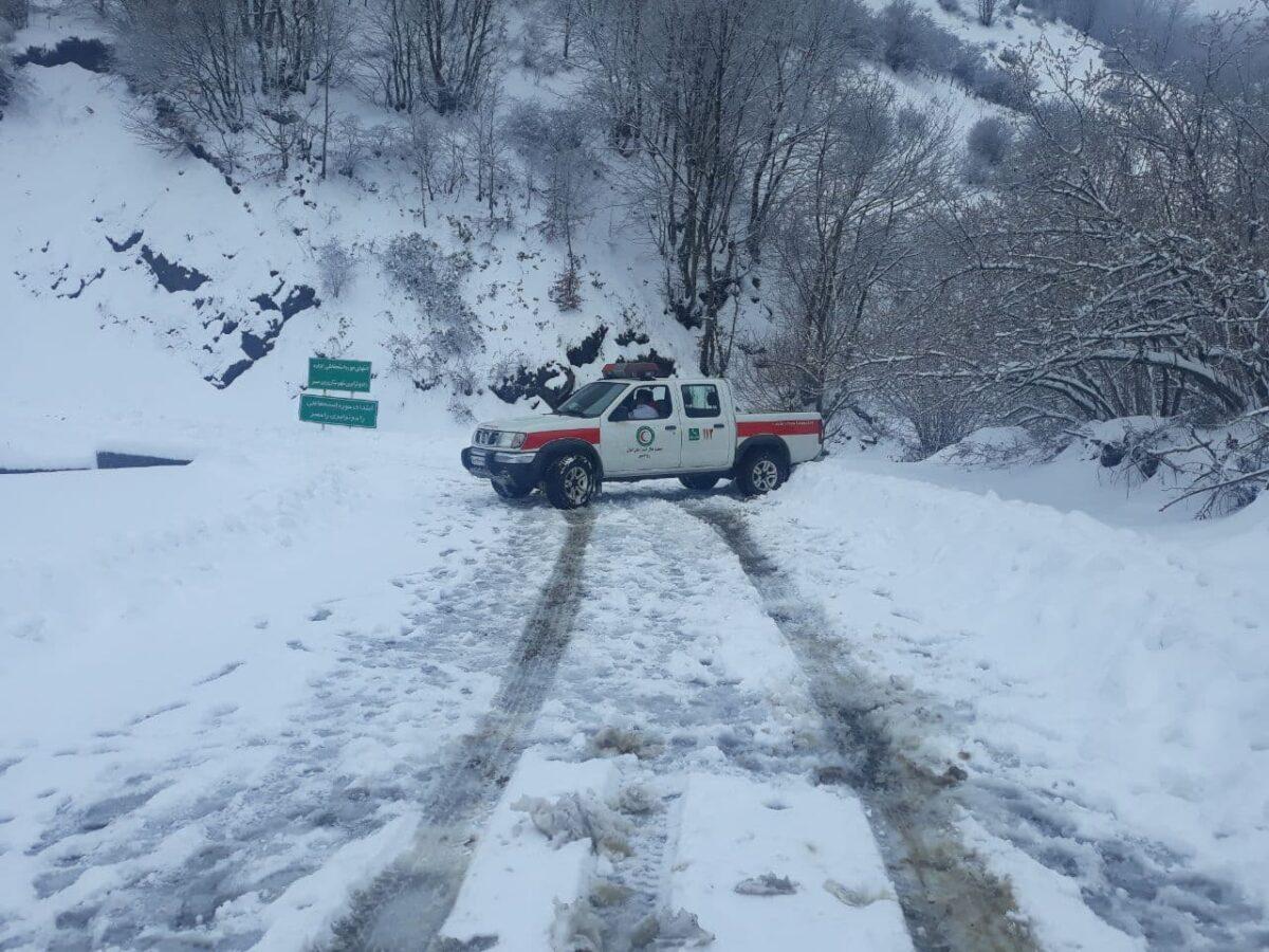 تصاویری از بارش برف در روستای لشکان 2 scaled - تصاویری از بارش برف در روستای لشکان