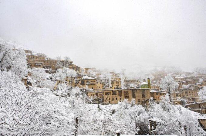 تصاویر دیدنی از سفیدپوش شدن شهر تاریخی ماسوله