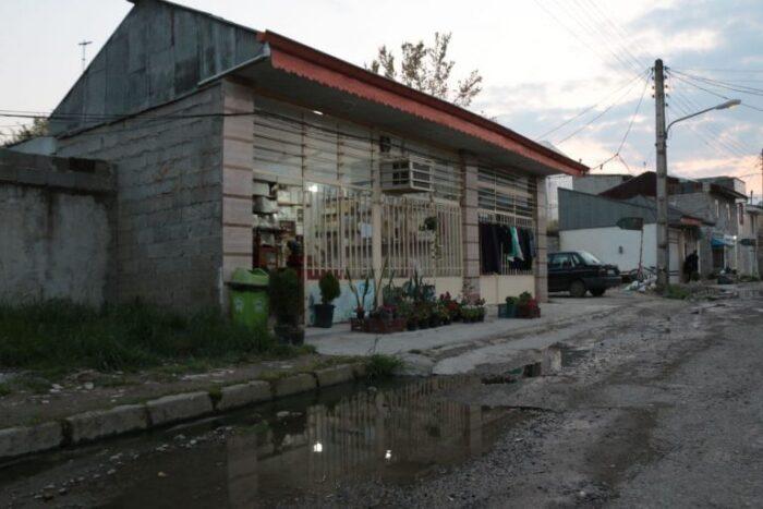 گزارش میدانی از وضعیت آسفالت و فاضلاب محله فخب رشت 1 700x467 - گزارش میدانی از وضعیت آسفالت و فاضلاب محله فخب رشت + تصاویر