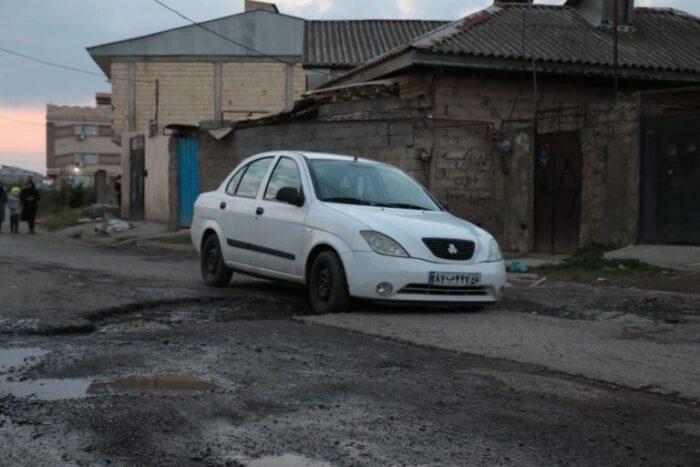 گزارش میدانی از وضعیت آسفالت و فاضلاب محله فخب رشت 4 700x467 - گزارش میدانی از وضعیت آسفالت و فاضلاب محله فخب رشت + تصاویر