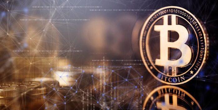 بیت کوین ارز مجازی 700x352 - سقوط بازار ارز مجازی/ بیت کوین ۱۲۰۰ دلار ریخت