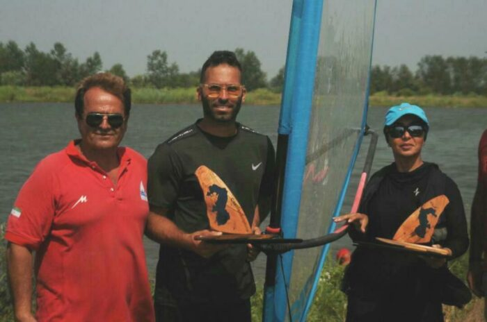 سینا آرش و مژده فرشید نکو 700x464 - کسب ۲مدال طلای قایقرانان گیلانی در مسابقات قایق بادی کشور