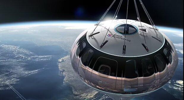 3812636 - بالن فضایی مسافران را به فضا می برد