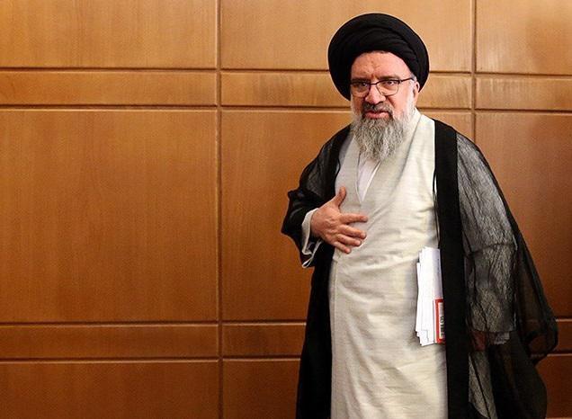 احمد خاتمی - استفاده از اینترنت را در ایران برای جامعه هدف محدود کنید، مثل روسیه که خبری از فضای مجازی آمریکا نیست