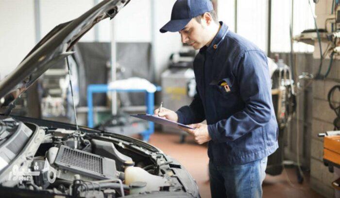 تعمیر خودرو 700x408 - بهترین شغل مربوط به خودرو کدام است؟ معرفی و بررسی 8 مورد از بهترین مشاغل خودرویی