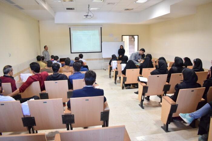 کلاس دانشگاه 700x467 - شروط بازگشایی حضوری دانشگاه ها از زبان معاون وزیر علوم
