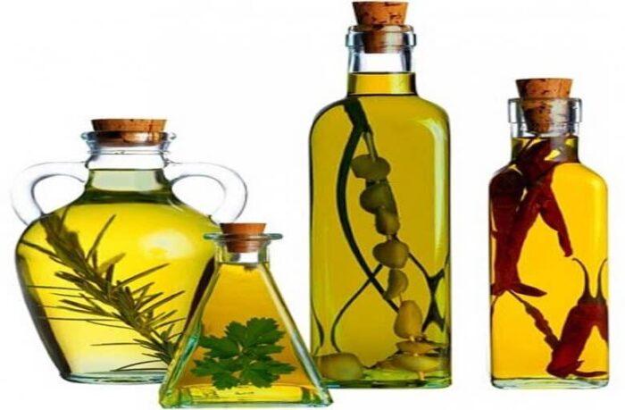 The nature of olive oil 01 700x459 - چه چیزهایی باید در کنار زیتون مصرف شود که طبع آن را متعادل کند؟