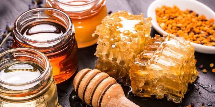 عسل 1 700x350 - عسل یکی از مواد غذایی با خواص جادویی