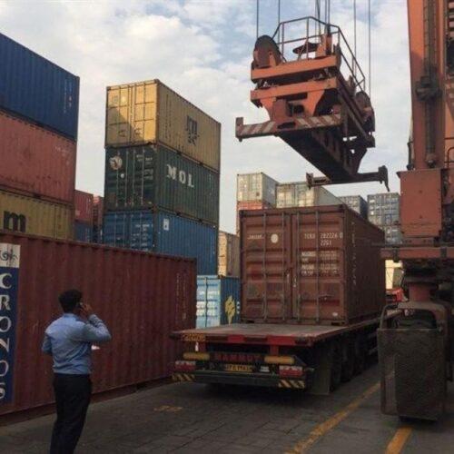 گمرک کانتینر کالا 500x500 - ورود ۴۵ کامیون سرم/ بی توجهی مسئولان برای ترخیص دارو!