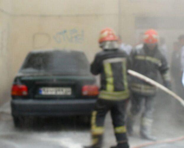 آتش نشانی 622x500 - نجات جوان رشتی که قصد خودسوزی داشت