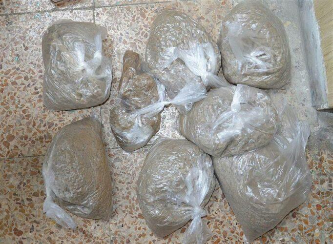 کشف مواد مخدر از ساک یک مسافر در رودبار 682x500 - کشف مواد مخدر از ساک یک مسافر در رودبار