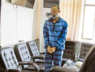 توقف حکم اعدام آرمان، متهم ۲۶ ساله ای که در ۱۸ سالگی دختر مورد علاقه اش را به قتل رساند