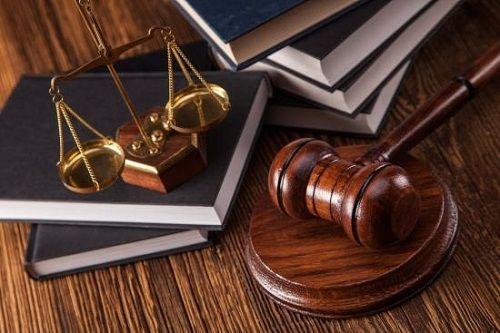 وکالت وکیل دادگاه قاضی 2 - بهترین وکیل اصفهان از نظر مردم