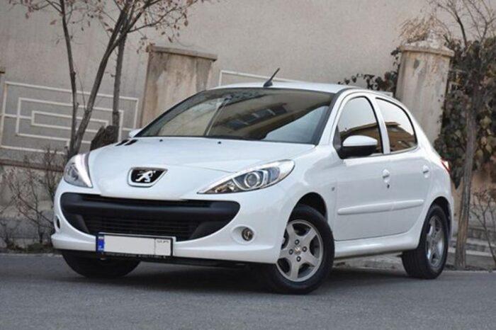 207 700x466 - پیش فروش ۵ محصول ایران خودرو از چهارشنبه